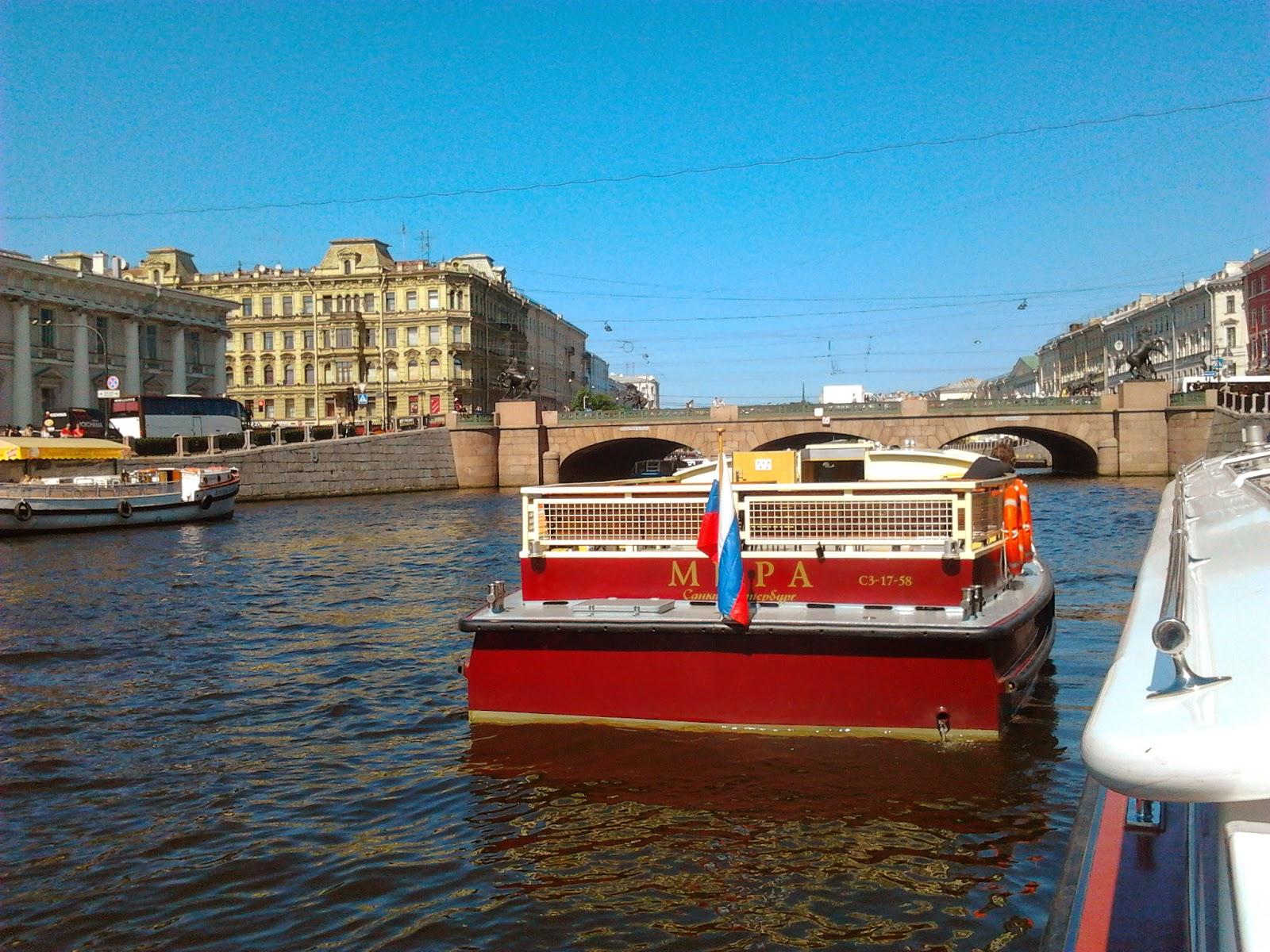 Еще в разделе прогулки на теплоходах по рекам и каналам санкт-петербурга.