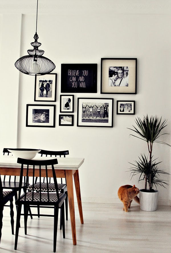 Little haus magazine ideas decorando las paredes con - Decorar pared con cuadros ...