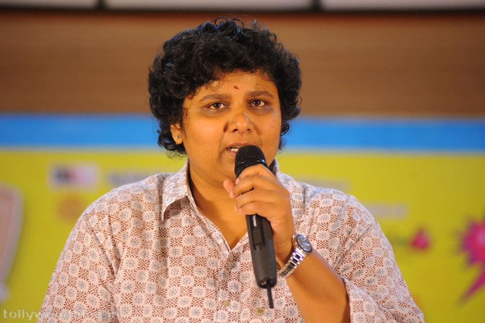 Siddharth Samantha starring Jabardast Movie Press Meet photos stills ...