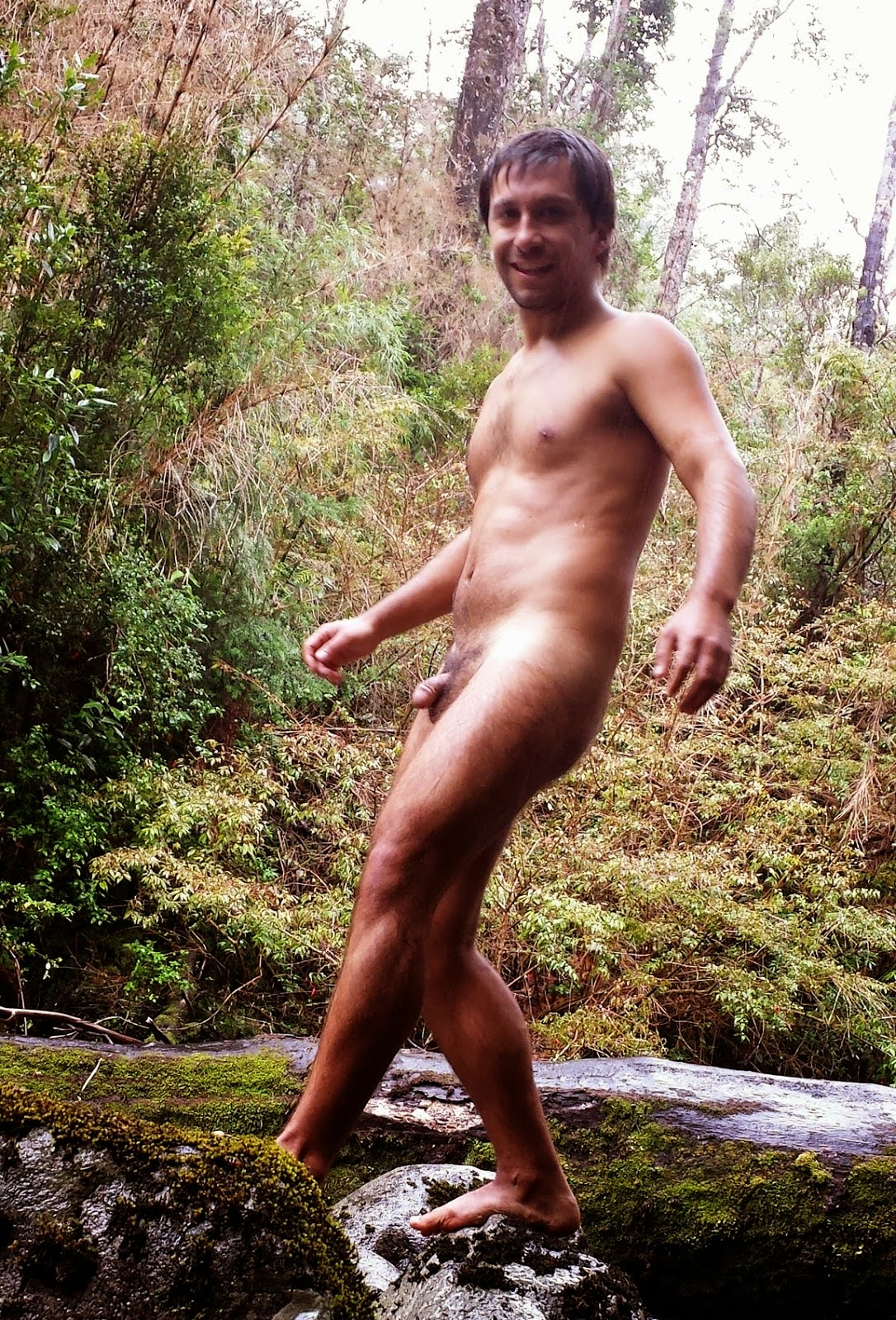 gay naked outside