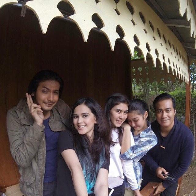 Foto Rindu Dengan Humbalang, Karina, Farah dan Lebai Karat