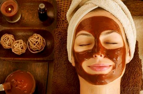 Homemade chocolate mask benefit for the skin