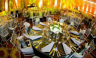 Chairs without decoration for Weddings