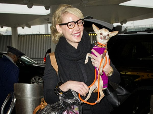 Bespectacled Katherine Heigl Shows Fashion & Love