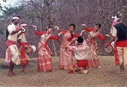 झूमते रह जाओगे: असम का बिहू नृत्य