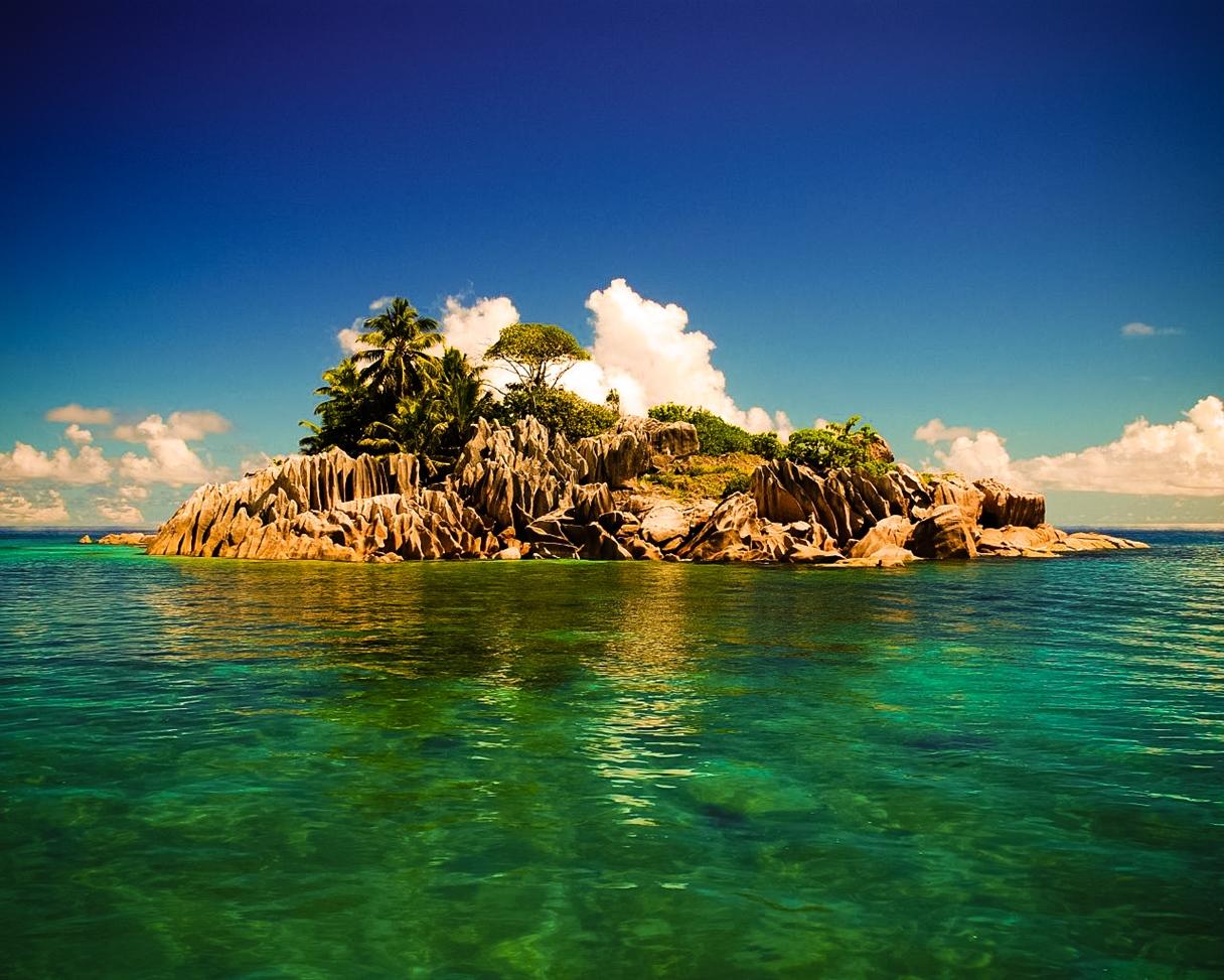 travel trip journey small island seychelles. Black Bedroom Furniture Sets. Home Design Ideas