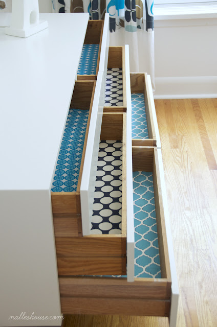 http://www.nalleshouse.com/2013/07/diy-fabric-drawer-liners.html