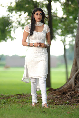 kajal agarwal in white salwar hot images