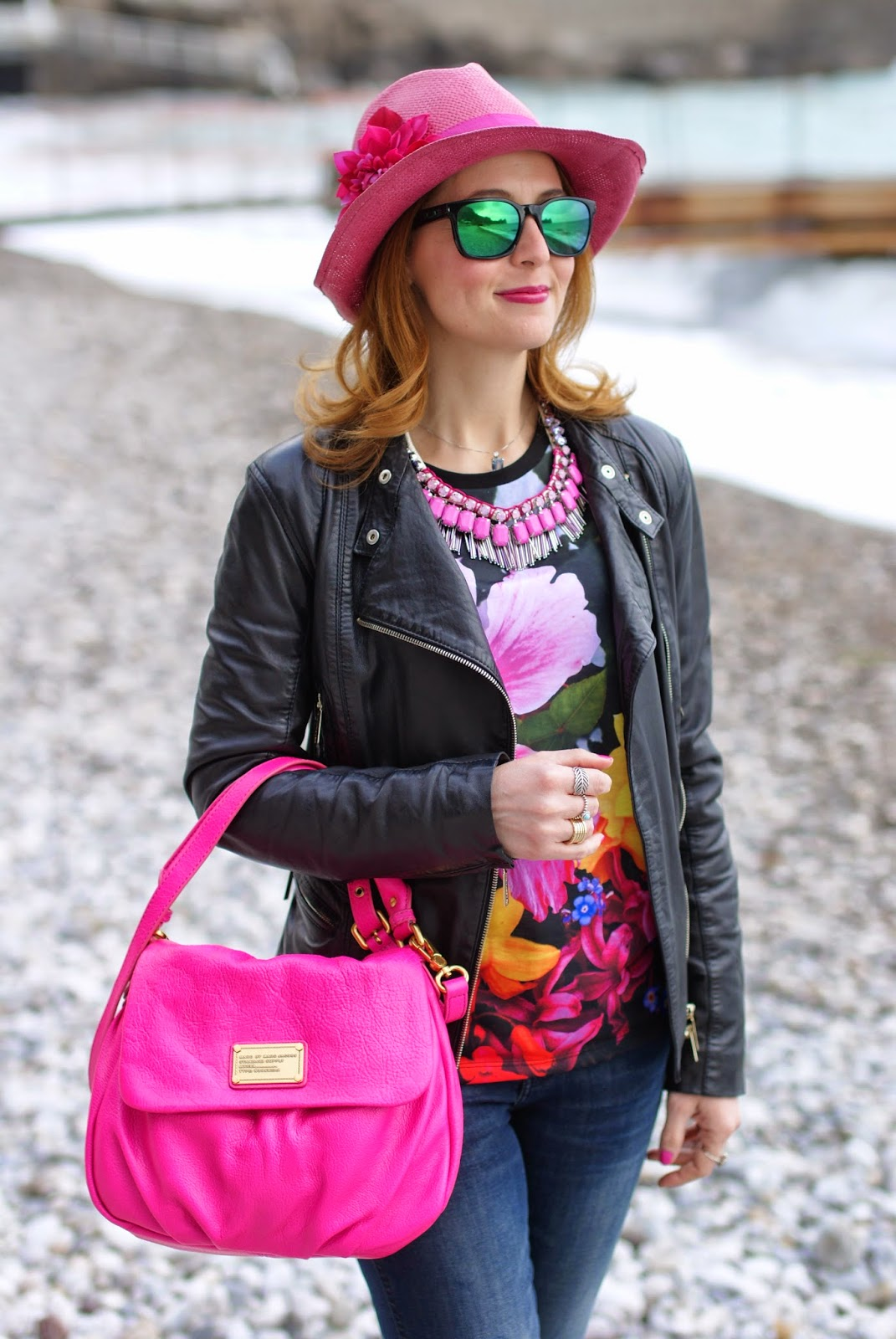 Fuchsia hat, shopart amazing t-shirt, Sodini necklace, Marc by Marc Jacobs lil ukita bag,  Fashion and Cookies, fashion blogger