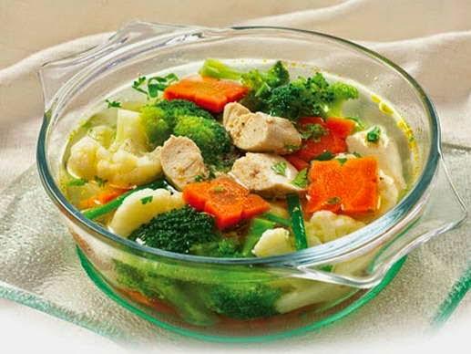 Bí quyết nấu món Canh súp lơ nấu thịt gà ngon