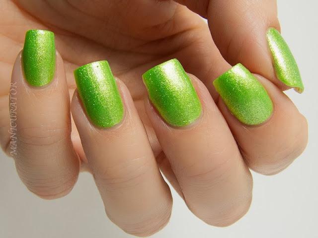 Bright Chrome Nail Designs