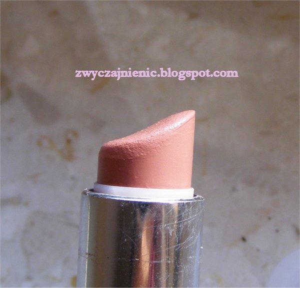 zwyczajnie nic rimmel moisture renew 910 spotlight beige