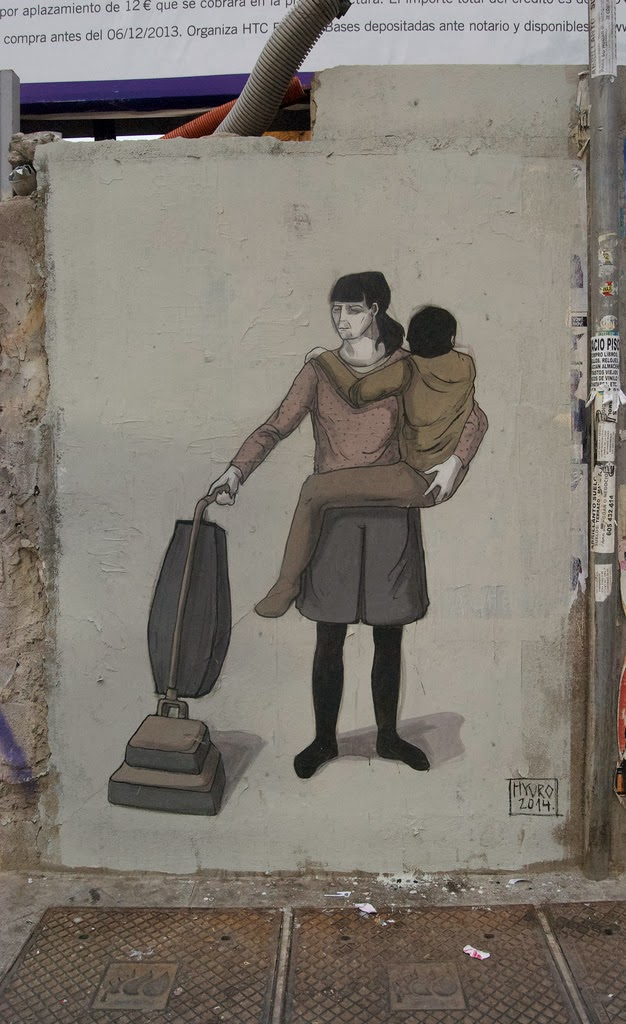 Hyuro is back on the streets of her hometown, Valencia, where she just wrapped up a sweet new piece. 1