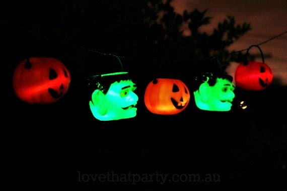 glowing garland halloween DIY glow sticks garland pumpkins