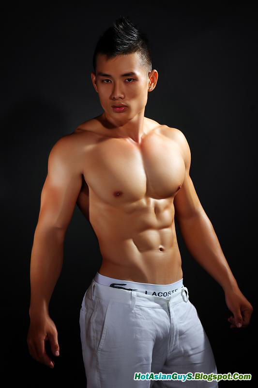 Thai ladyboy massage sex