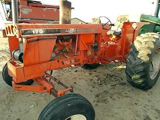 EQ-25342 Allis Chalmers 170 tractor