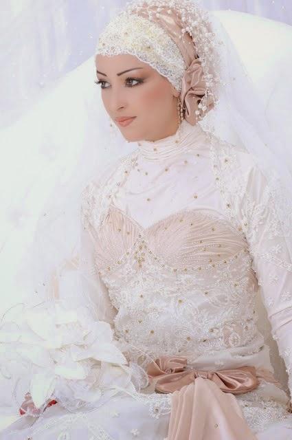 Gut bekannt Robes De Mariée Avec Hijab Très Originales ~ Idées et d  ZL26