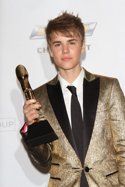 justin bieber and selena gomez billboard awards. girlfriend Justin Bieber and