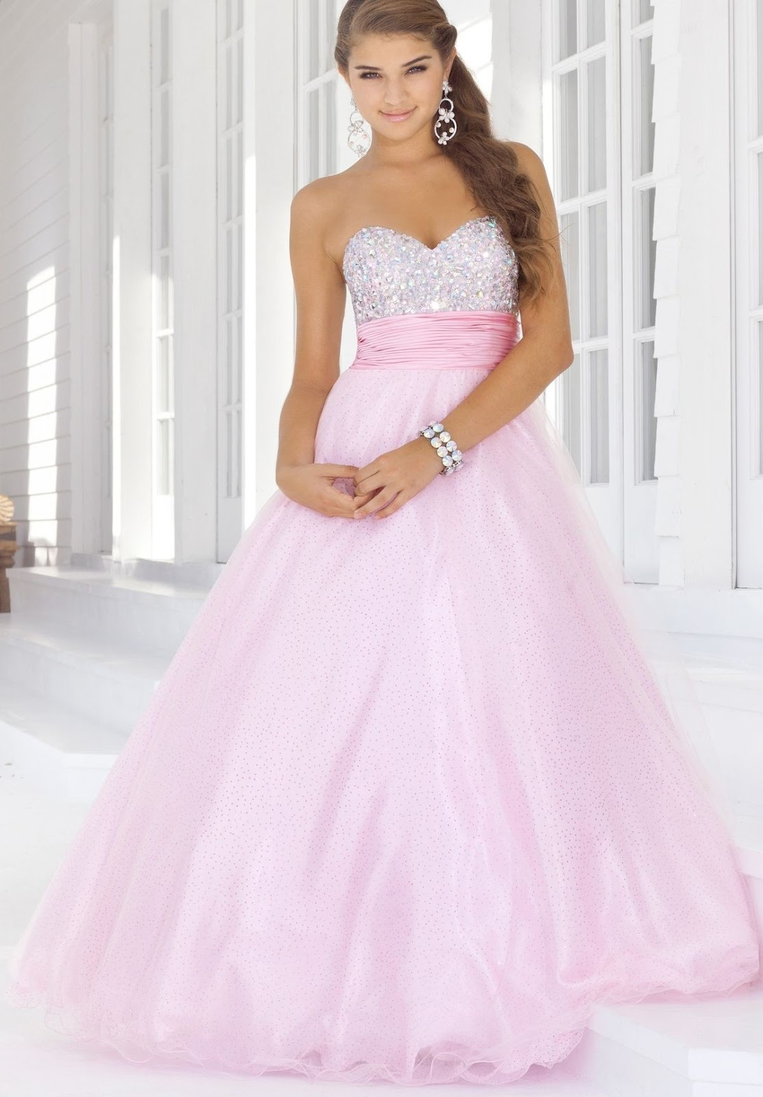 Organza Strapless Sweetheart Ball Gown Long Prom Dress