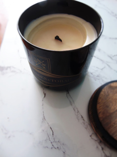 DW Home Inc Molasses + Tobacco candle