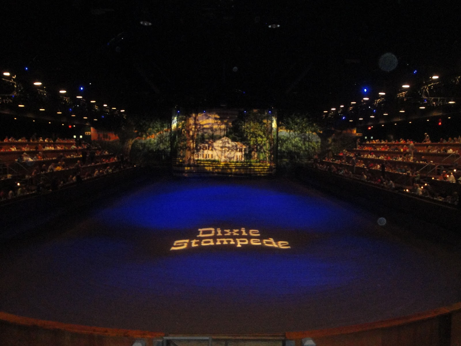 Dixie Stampede Dinner Show In Pigeon Forge TN