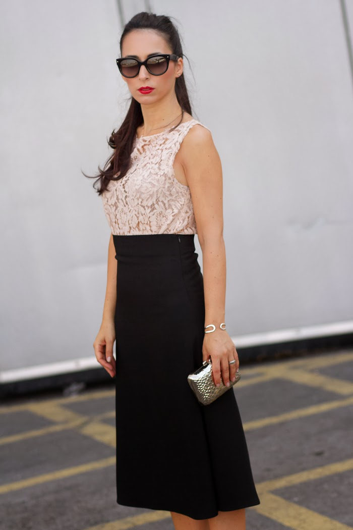 Lady look with midi skirt and lace top