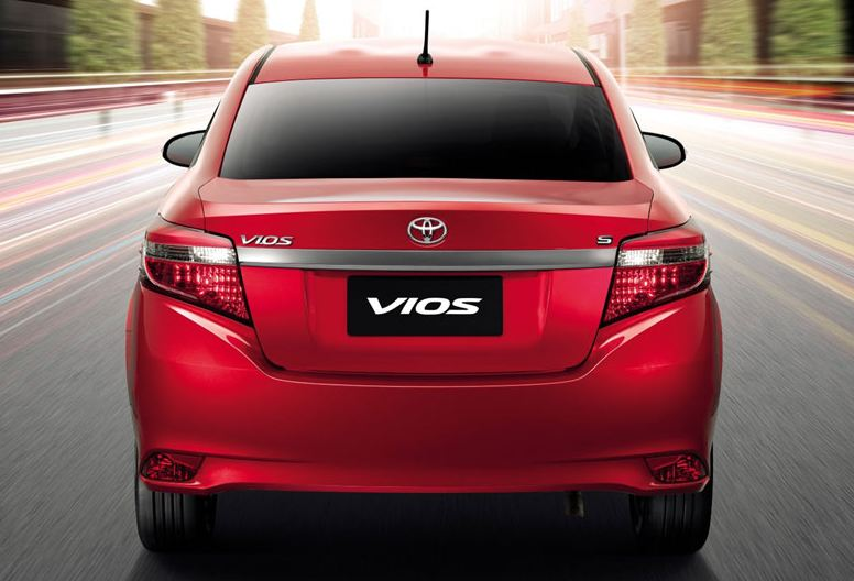 Toyota Vios 2014 , At the stern there is a chrome car between the rear
