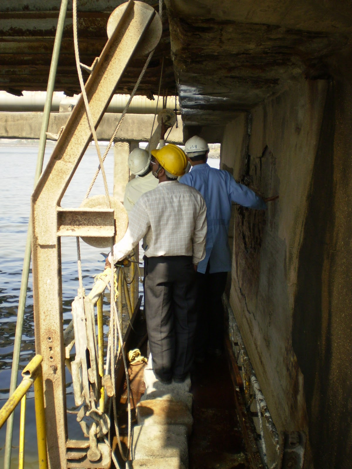 Major Repairs to Jetty Structures