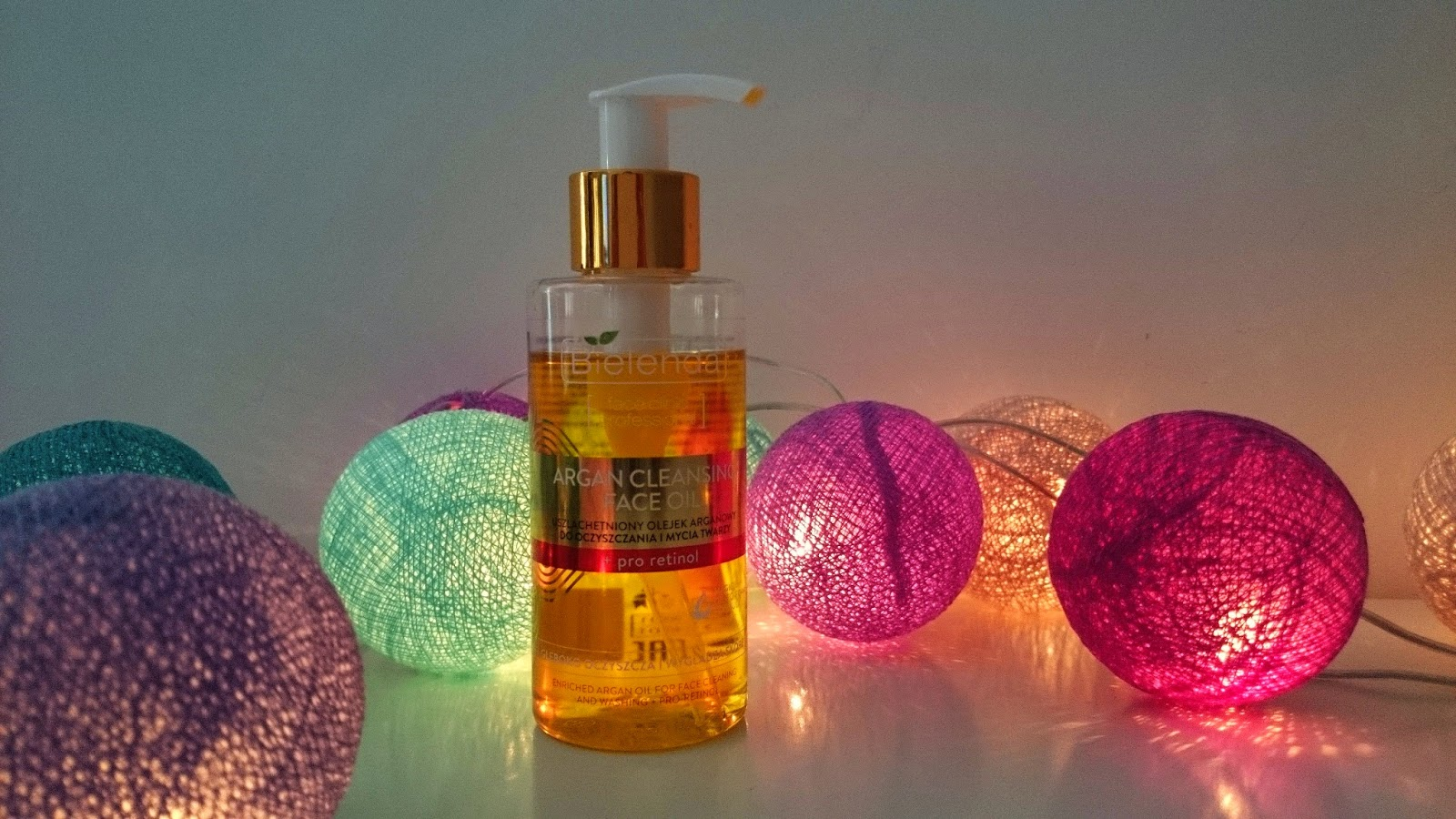 BIELENDA olejek arganowy do mycia twarzy - parafinowa bomba dla odpornych.
