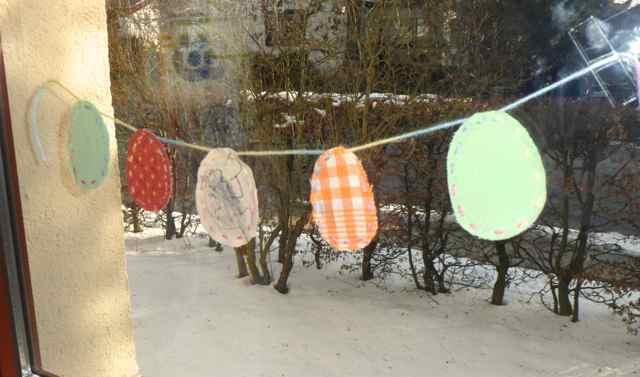Deko Fur Lange Fenster : Die Linkshänderin UpcyclingFensterDeko für Ostern