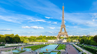 Lovely Travel of a Nomadic Dad Travel the world RTW- Family Travel with kids beautify city of Paris in Europe