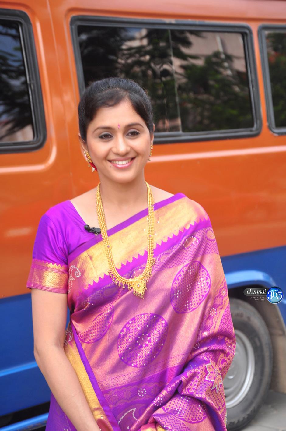 Devayani Gallery Actress Latest Serial Sarees Wallpapers