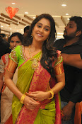 Regina photos at chennai shopping mall-thumbnail-14