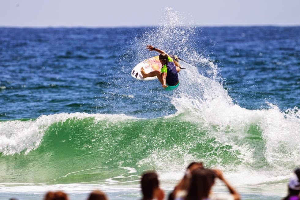 34 Roxy Pro Gold Coast 2015 Courtney Conlogue Foto WSL Kelly Cestari