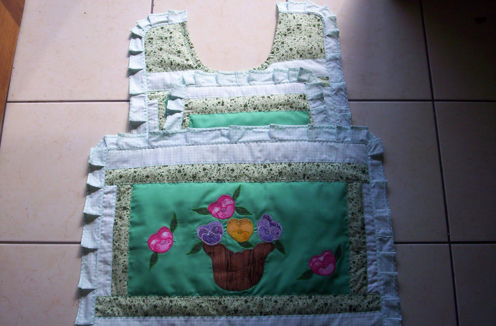 Patchwork Tapete De Banheiro : Artes da Sogra Patchwork: Jogo de tapetes banheiro