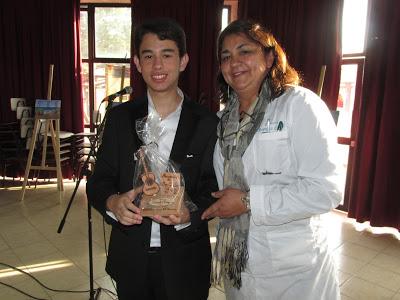 Tenor Vicente Muñoz Quezada en Recital a alumnos del Politécnico