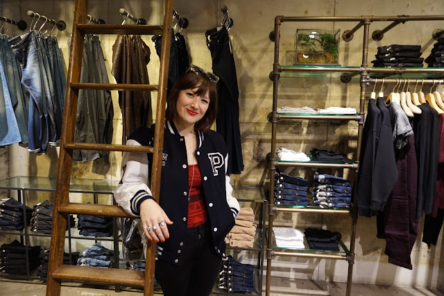 Grace DeMorgan Sydney Australian playwright tour guide to chelsea in new york city rag and bone