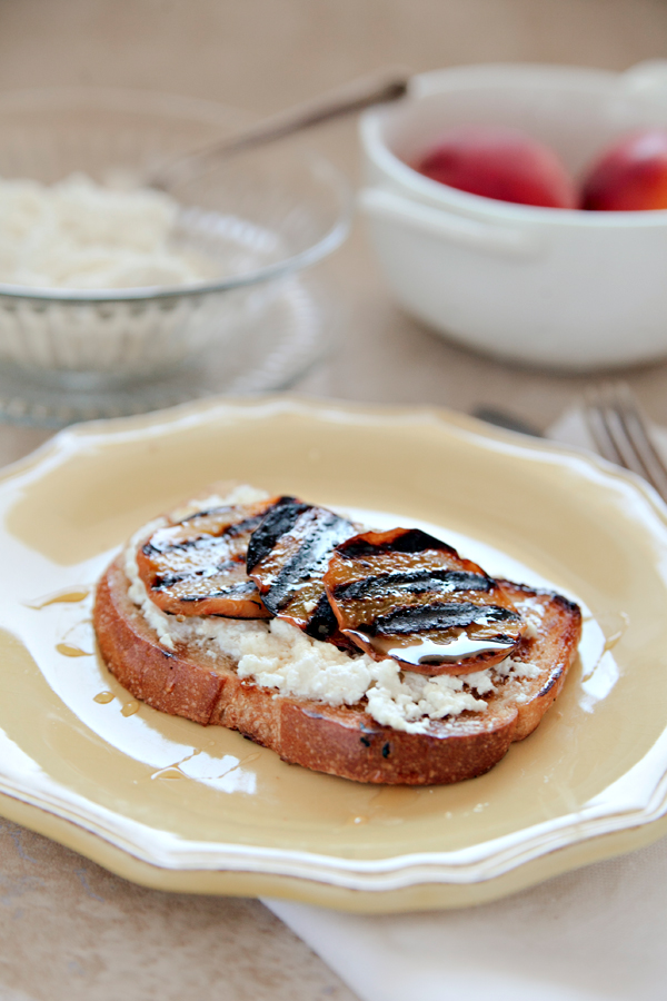Grilled Peach Toast | Hannah Lundberg Bay Area Photographer