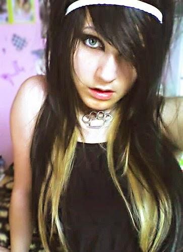 cabelos longos pretos com luzes