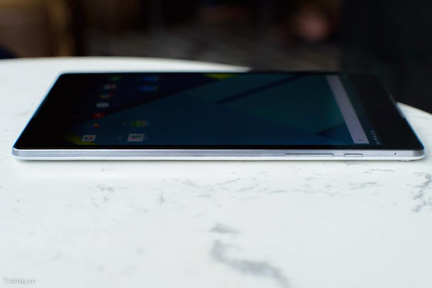 Google's HTC Nexus 9 Hands On Review with Video