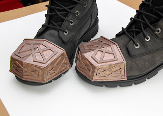 Thorin Oakenshield boot caps cardboard and foam - painted