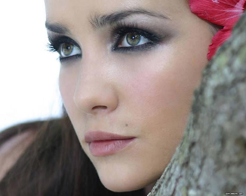 Natalia Oreiro Biograp...