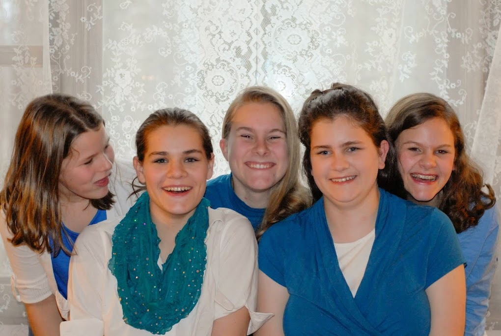 Five Silly Smith Sisters