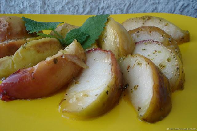 Jabłka z majerankiem
