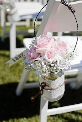 reciclagem - vasinho de flores com vidro de maionesa
