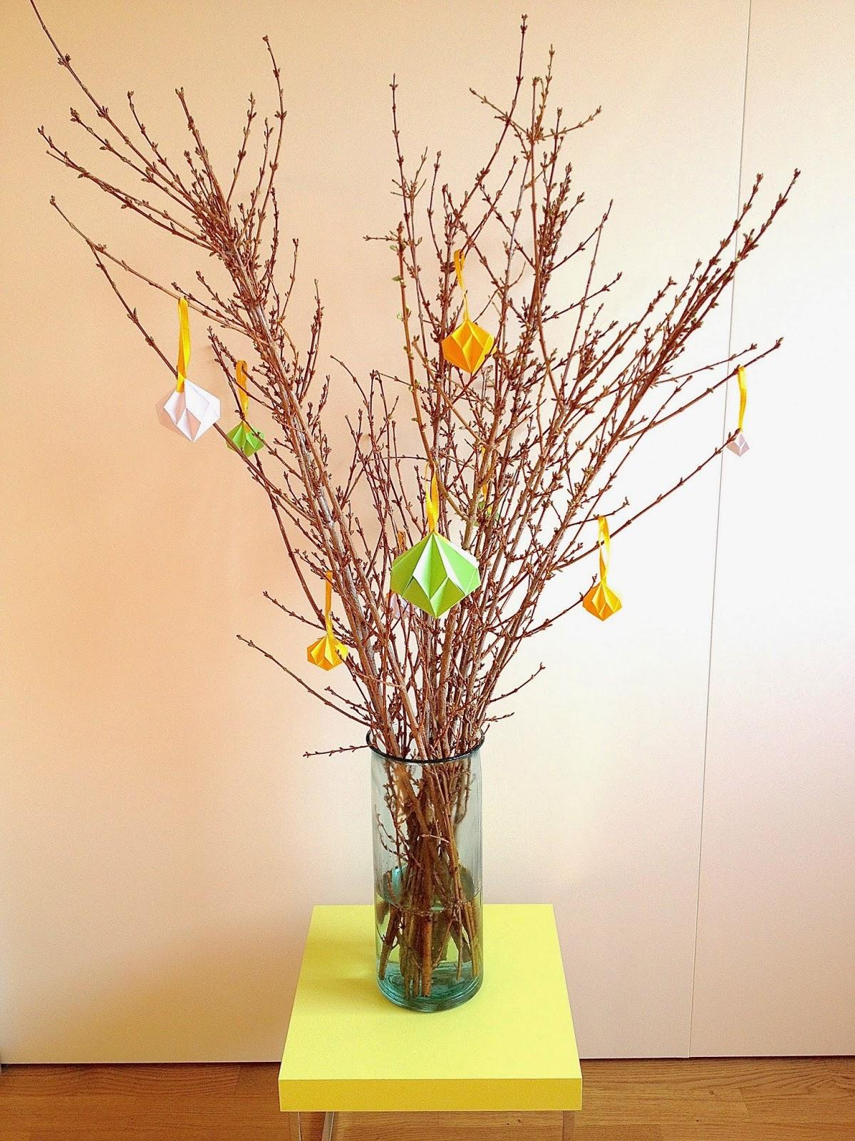 Arbre de p ques avec diamants en origami diy easter tree with origami diamonds - Arbre de noel origami ...
