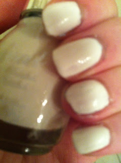White nailpolish swatch Laval
