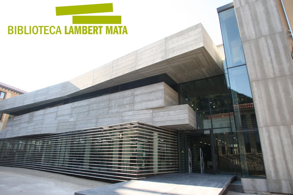 Biblioteca Lambert Mata