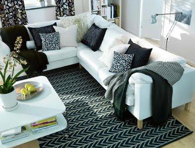 Siette interiores el verano en tu casa ii for Cojines de salon
