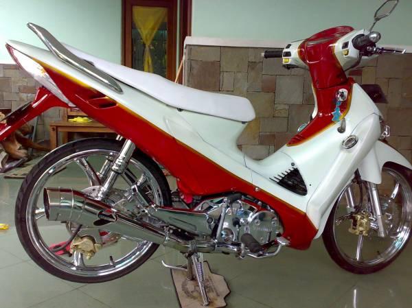 Modifikasi Honda Kharisma 125 cc title=